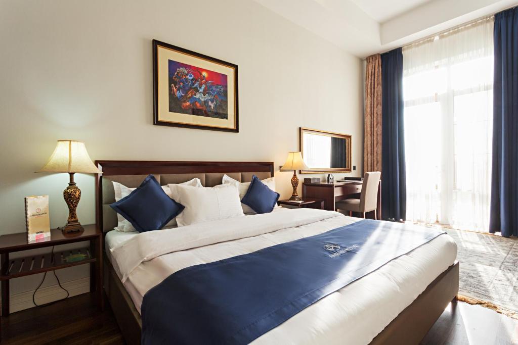 アンバサダー ホテル(Ambassador Hotel)