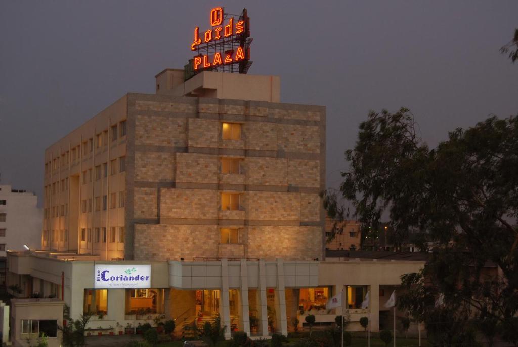 hotel lords plaza ankleshwar india. Black Bedroom Furniture Sets. Home Design Ideas