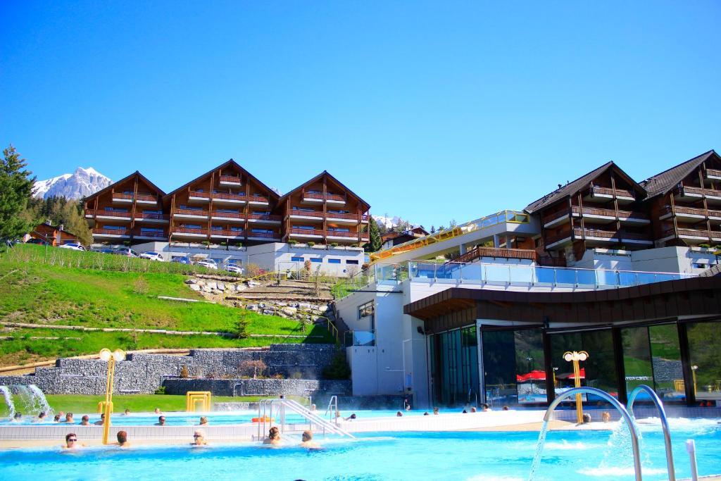 H tel bains dovronnaz suisse ovronnaz for Hotel des bains saillon suisse
