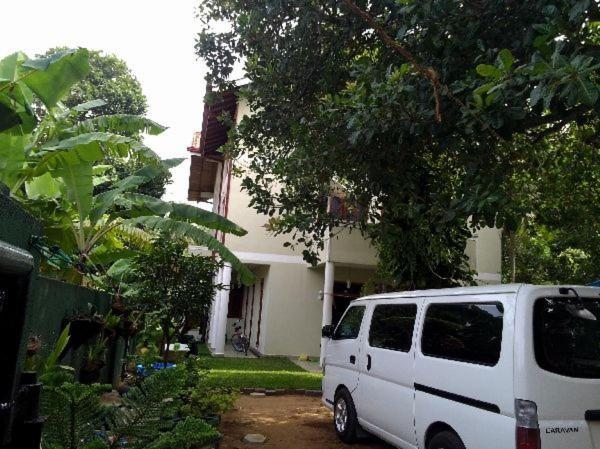 Apartment Haus Berlin Negombo Sri Lanka Booking Com