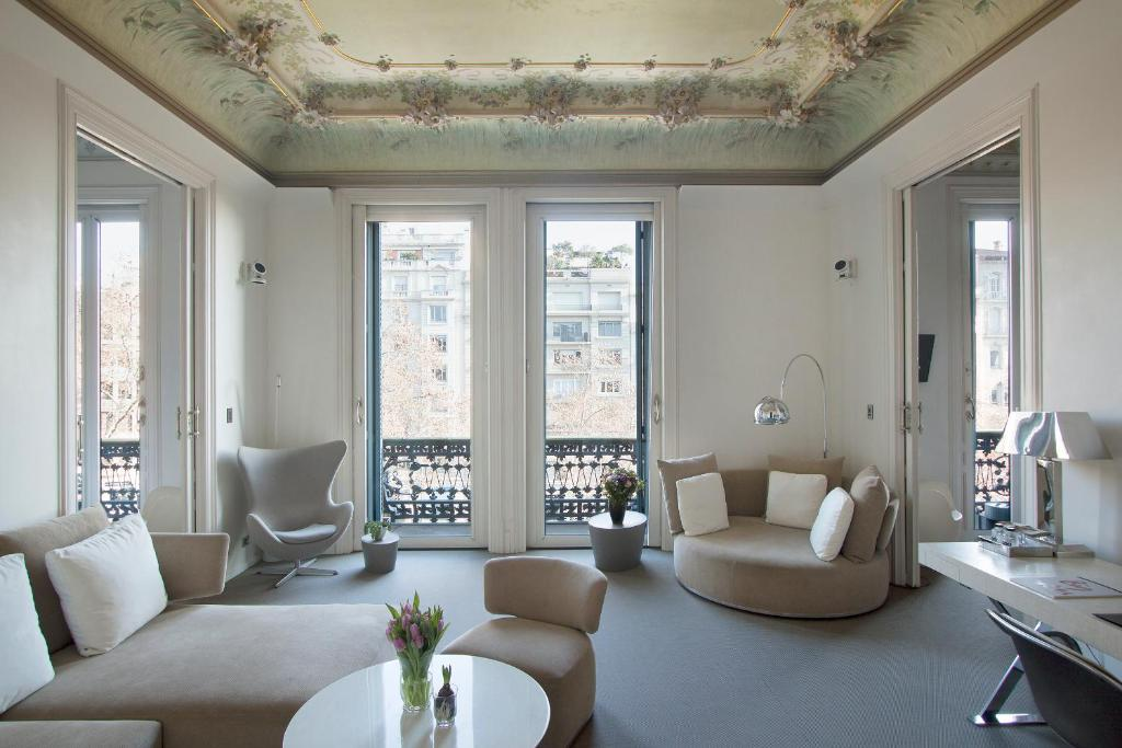 boutique hotels in barcelona  106