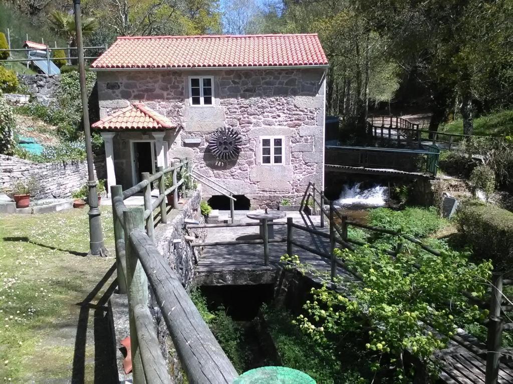 Casa rural molino roxan espa a palas de rei - Casa rural palas de rei ...