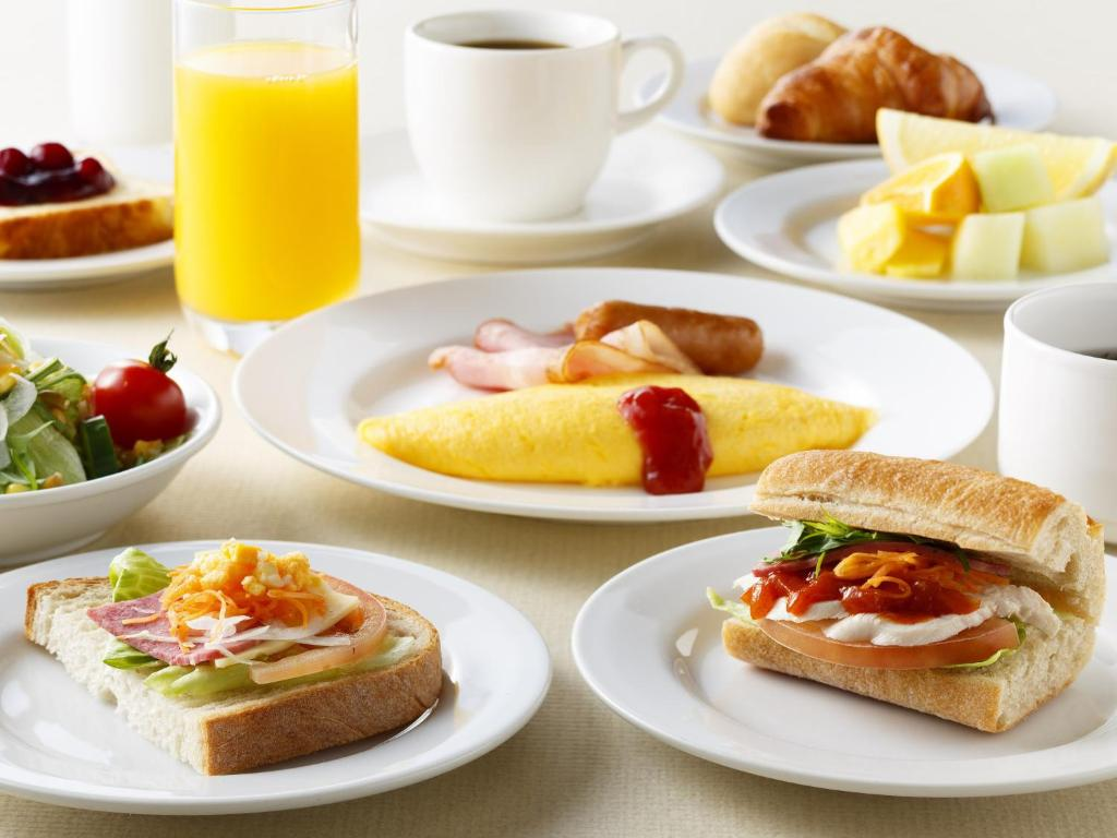 Designation of food in hotels: a reminder to the tourist 66