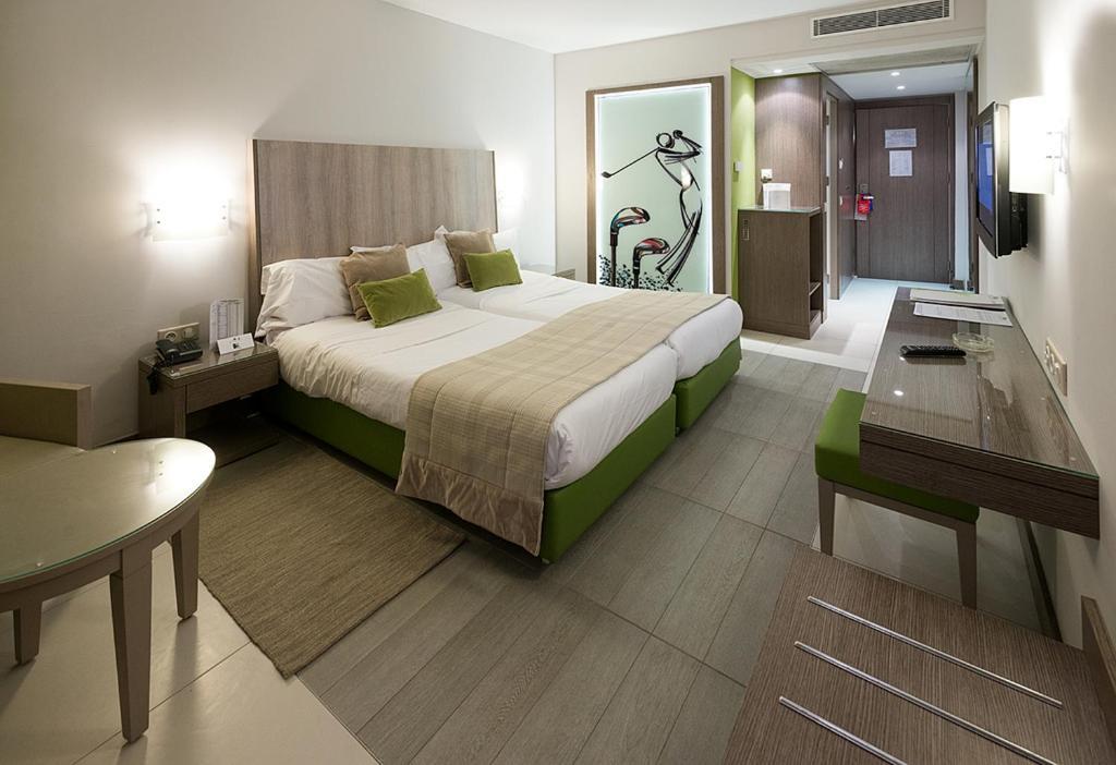 ゴルフ ロイヤル ホテル(Golf Royal Hotel)