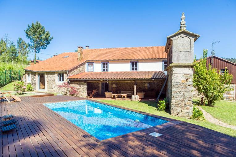 Apartments In As Restrebas Galicia