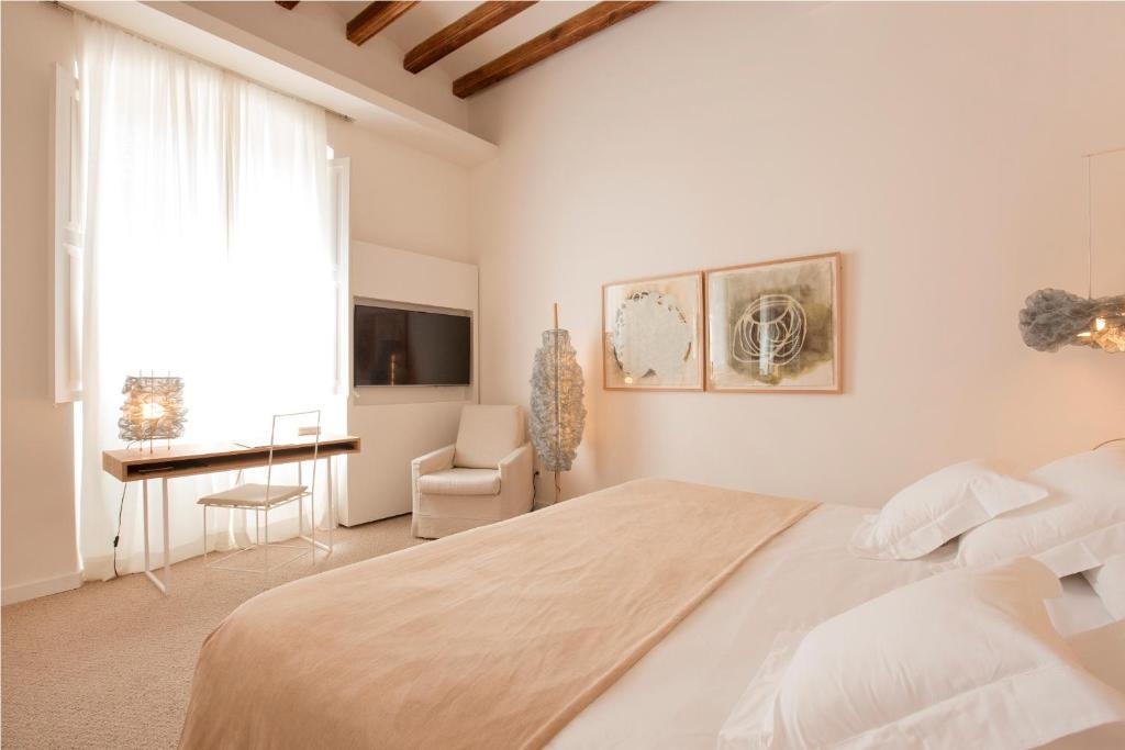 boutique hotels in palma de mallorca  40
