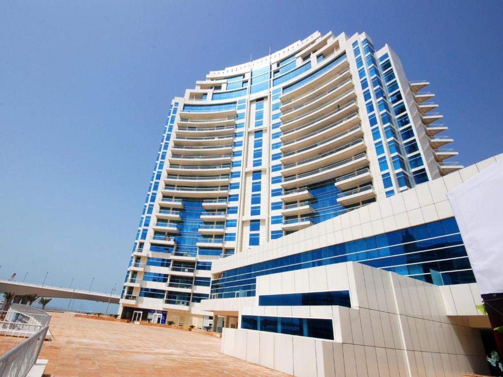Marina Beach Dubai Parking