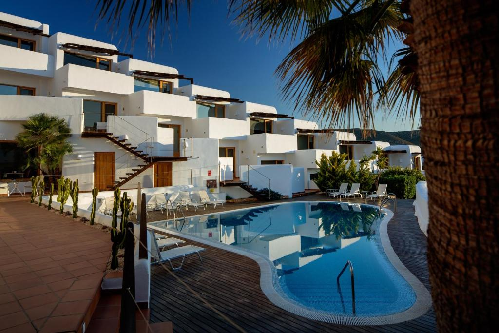 boutique hotels in agua amarga  32