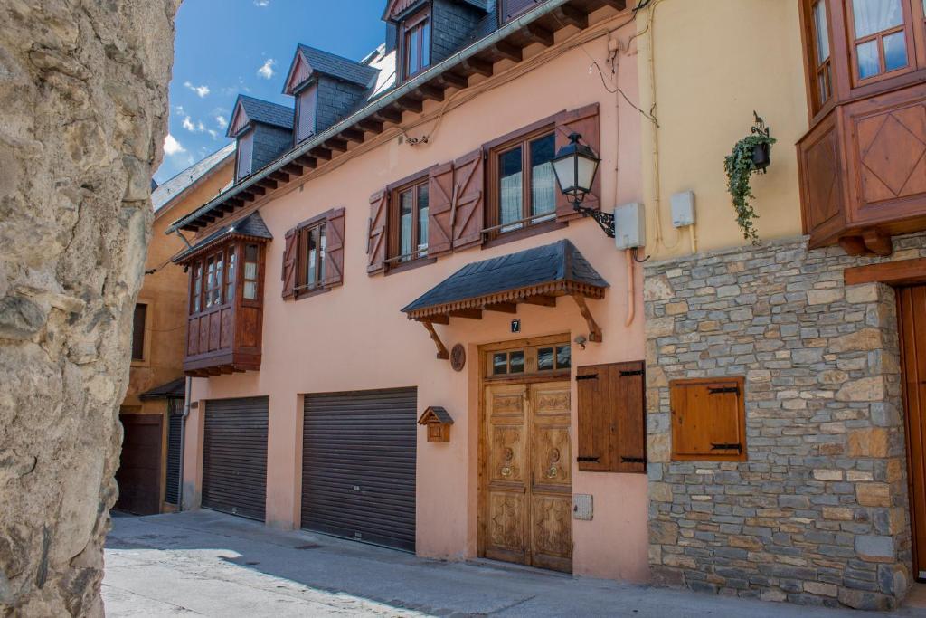 Apartments In Casau Catalonia