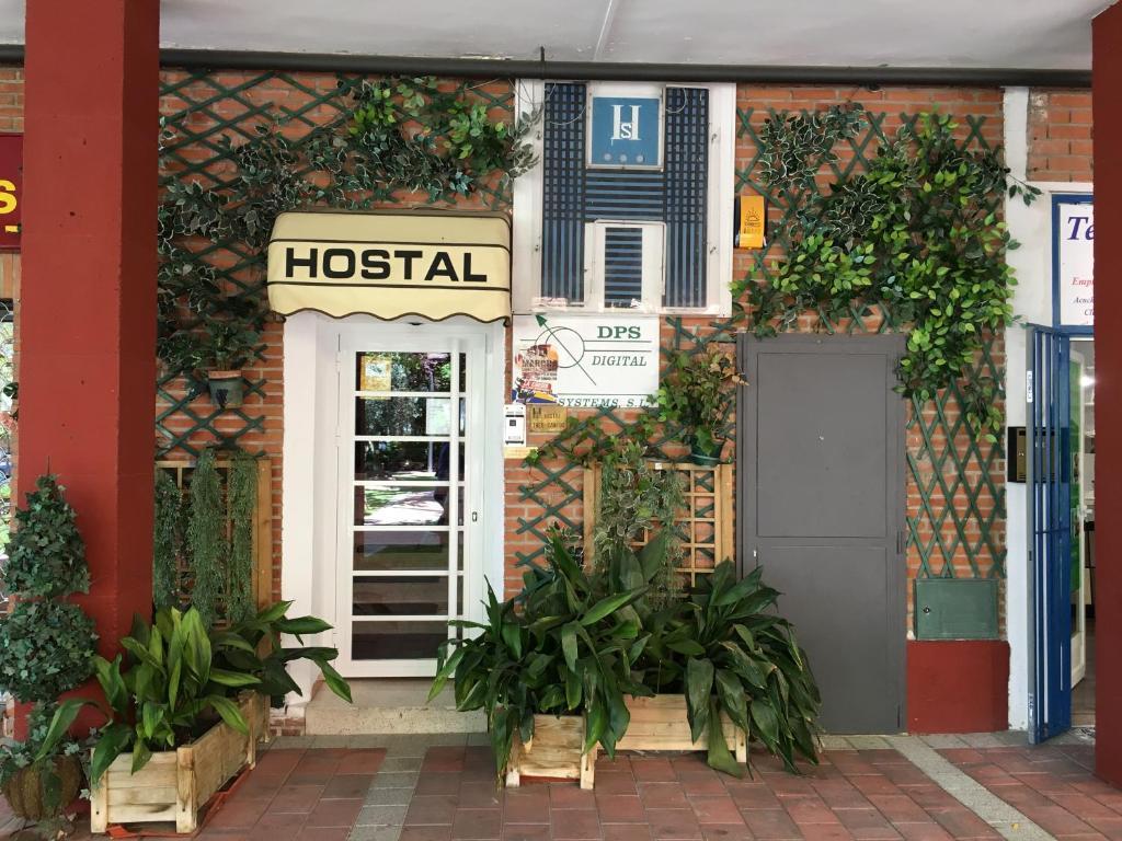 Hostal Tres Cantos, Tres Cantos – posodobljene cene za leto 2019