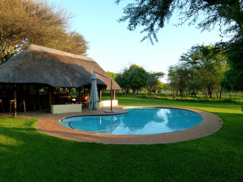Re a lora lodge bela bela south africa - Titwala farmhouse with swimming pool ...