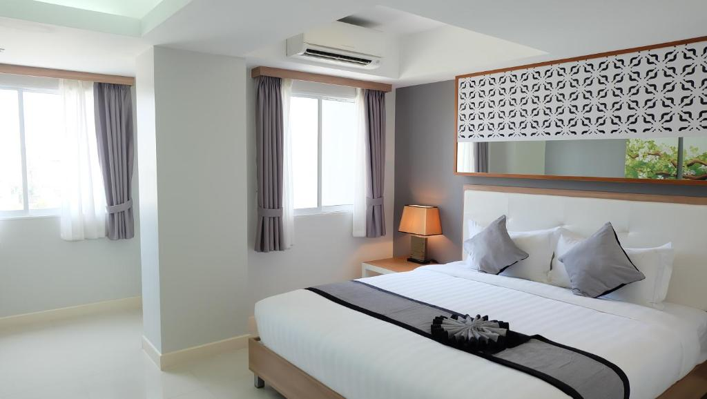 Apartments In Ko Si Chang Chon Buri Province