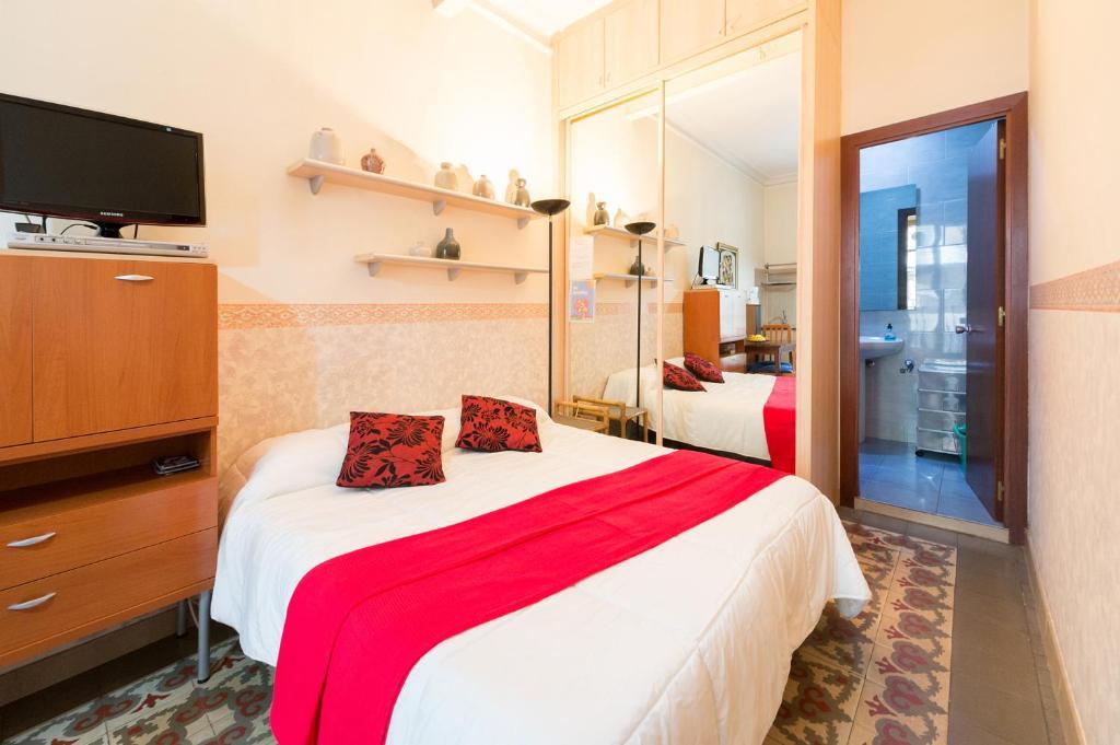 Apartment Gaudí BCN