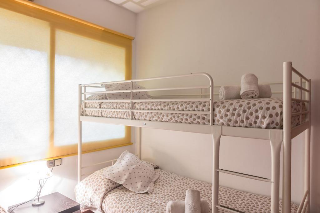 Akira Flats Sant Pau apartments imagen