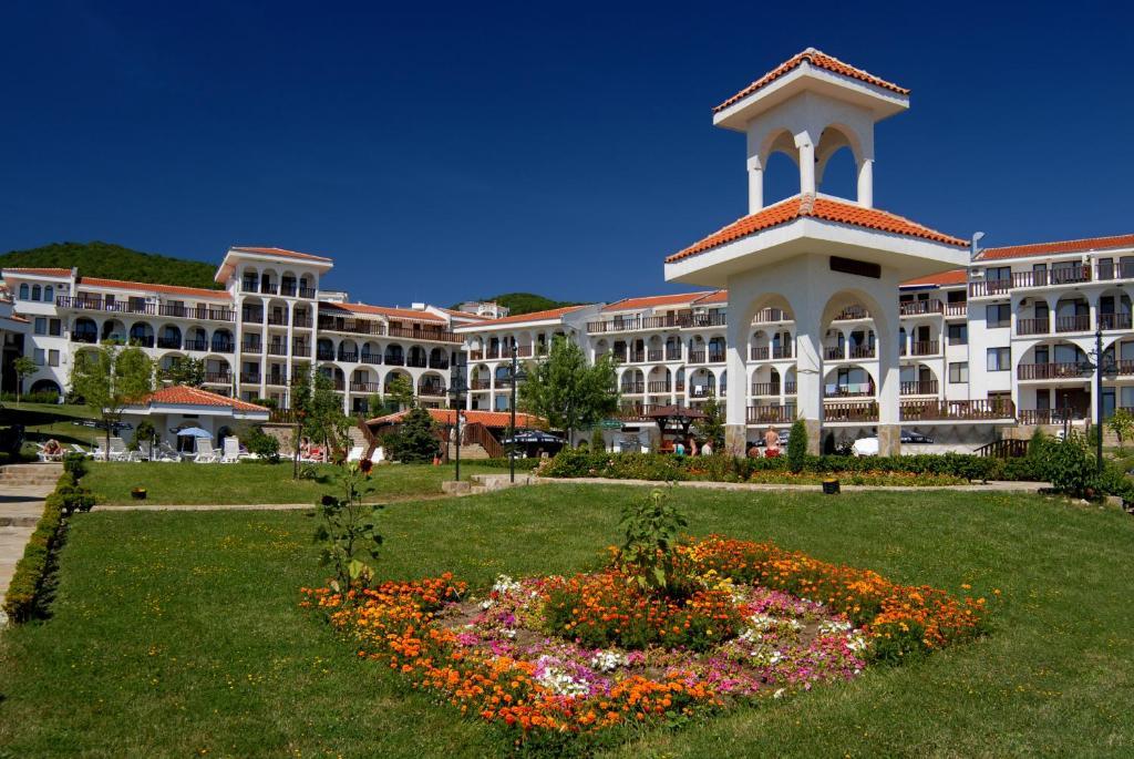 Хотел Хотелски Комплекс Камбани - Свети Влас