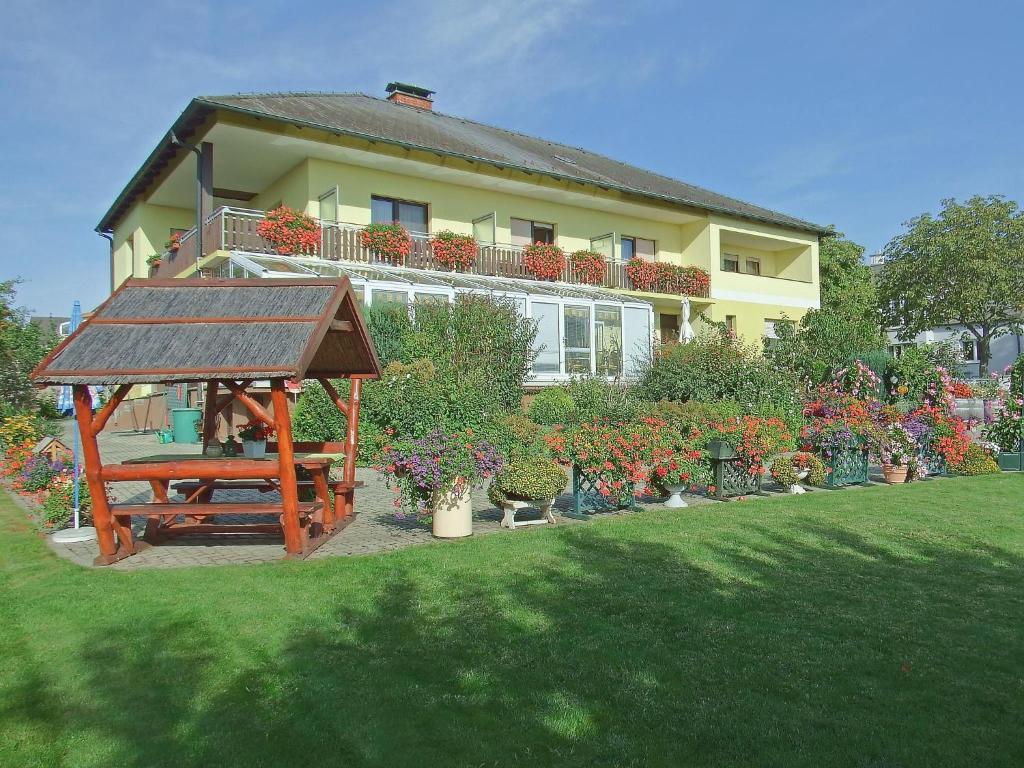 Pension Haus Margarethe (Österreich Mörbisch am See) - Booking.com