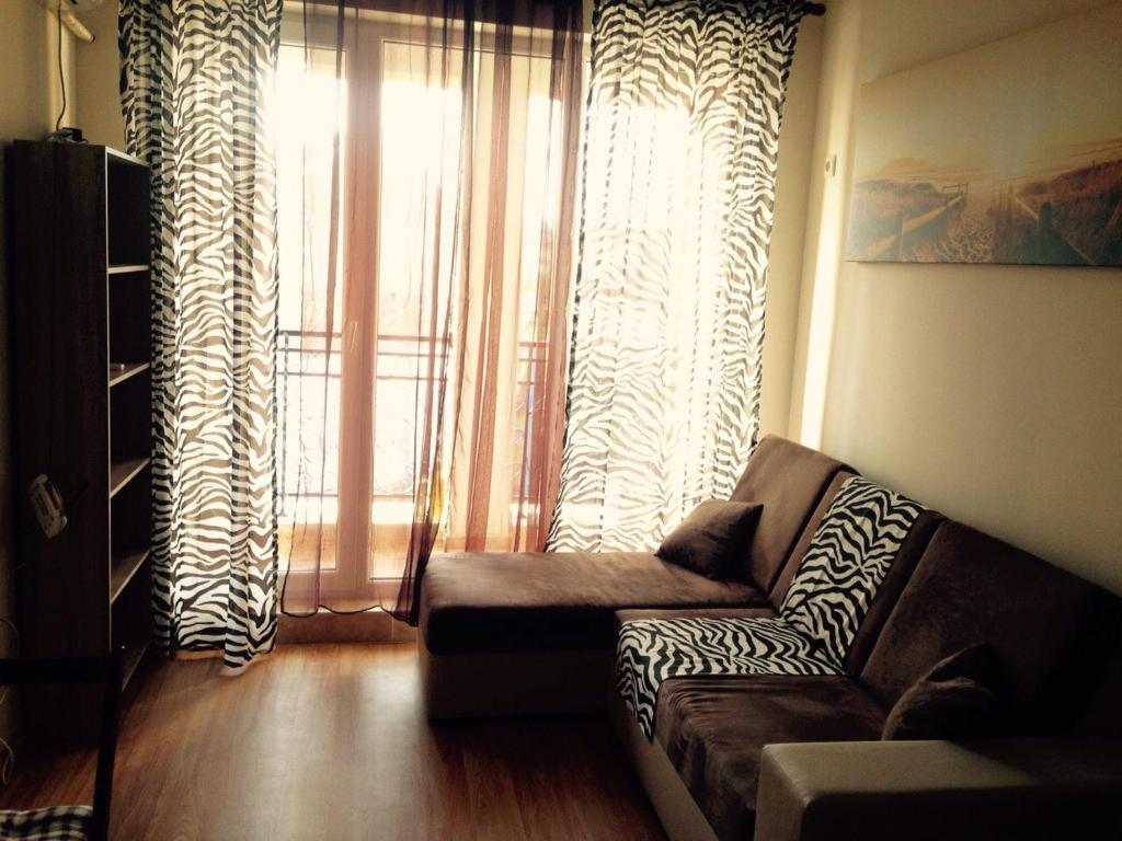 Апартамент Mellia Residence - Равда