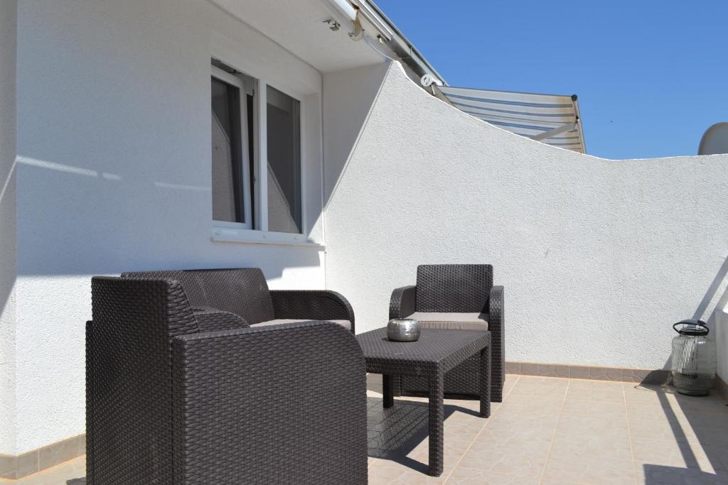 Veranda Balkon Victoria : Victoria bungalow las americas spanien playa de las américas