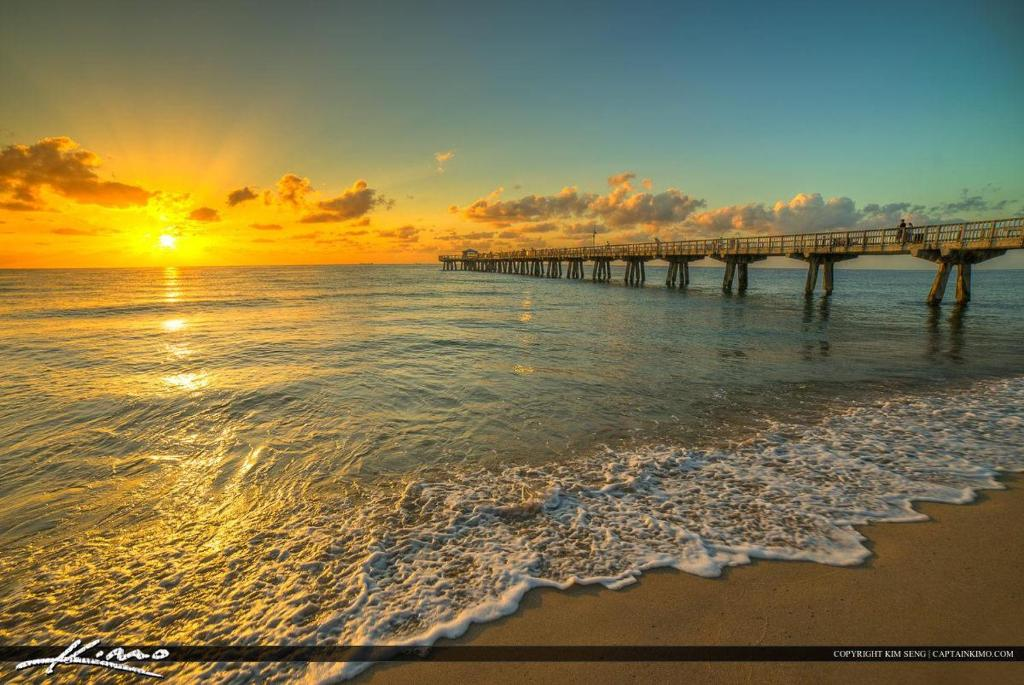 Vacation Home Waterfront Mediterranean Oasis Pompano