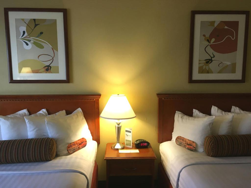 The Loyal Inn, Seattle, WA - Booking.com