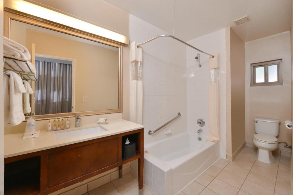 Best Western Royal Palace Inn Suites El Los Angeles Ca From