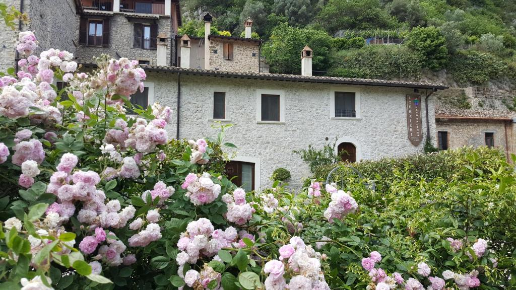 Nearby hotel : I Terzieri Case Vacanza