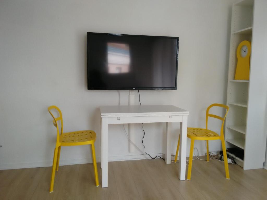 apartment studio purpan escale a toulouse france. Black Bedroom Furniture Sets. Home Design Ideas