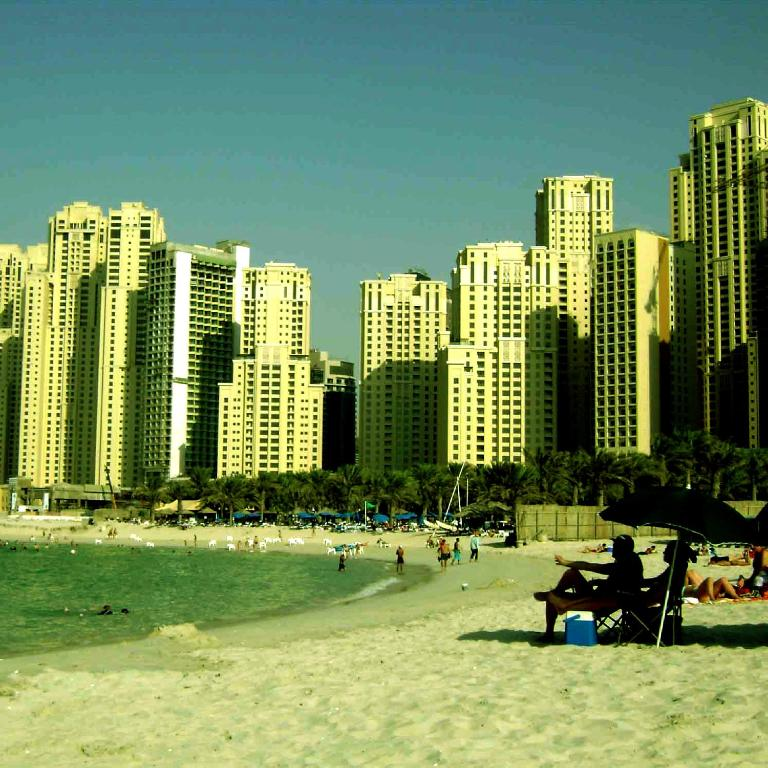 one bedroom apartment - bay central, dubai, uae - booking