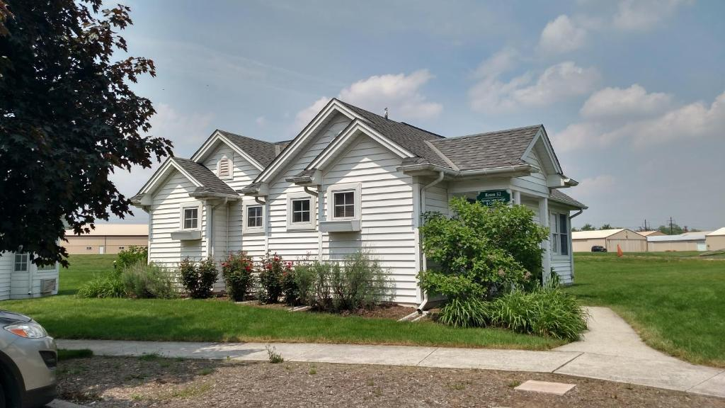 Spruce Lane Lodge And Cottages Smoketown Pa Booking Com