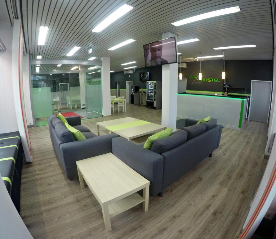 The lobby or reception area at City Hostel Regensburg