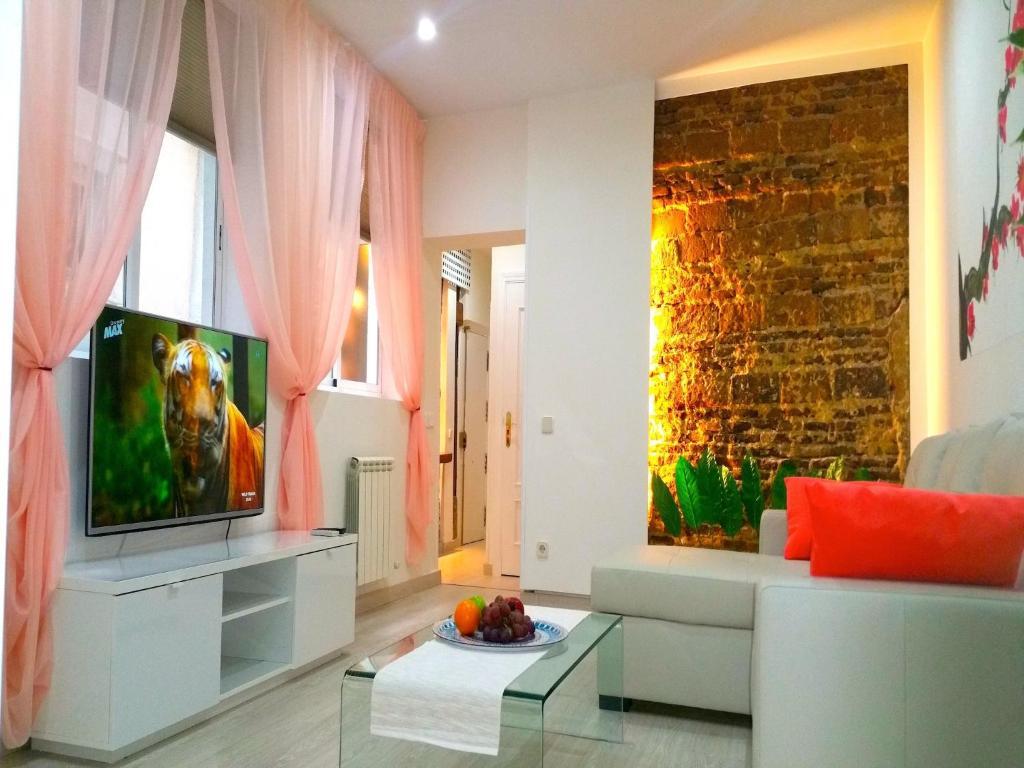 palacio apartments madrid spain booking com