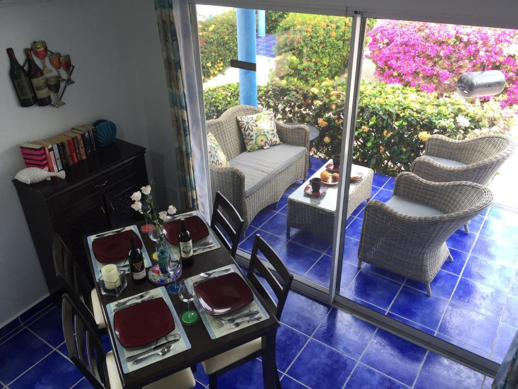 Apartments In Kunuku Abou