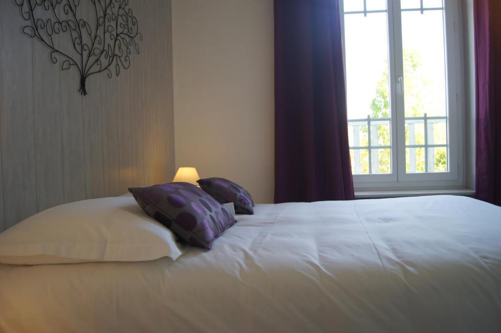 A room at Citotel L'Orée Du Bois