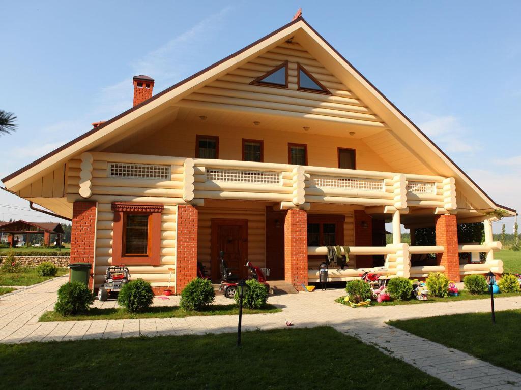 Сад в Eco-Village Uhnovgrad