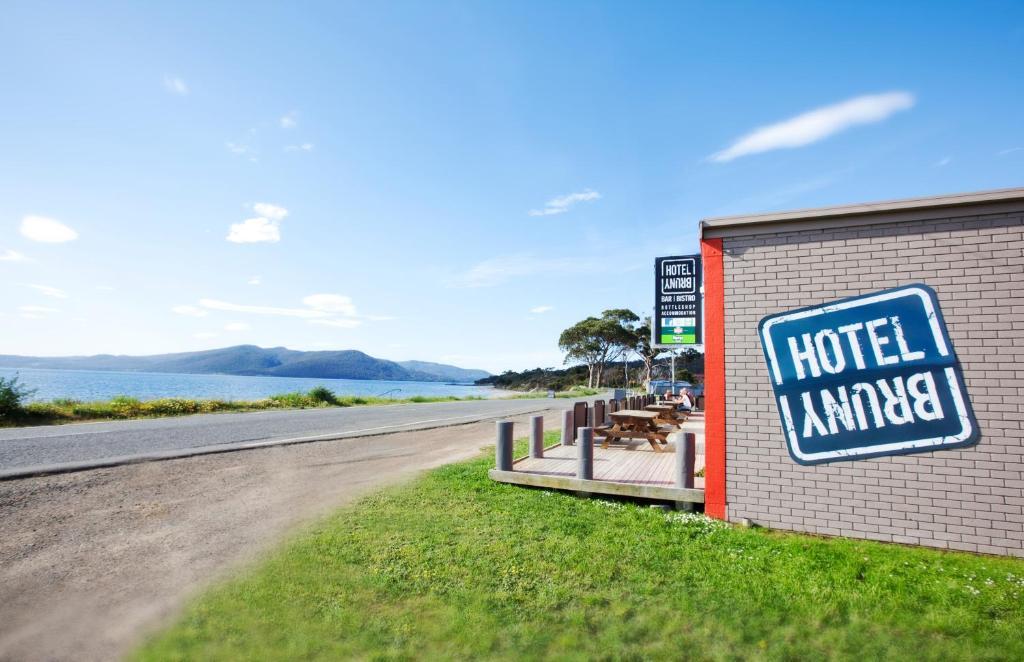 Alonna accommodation Bruny Island