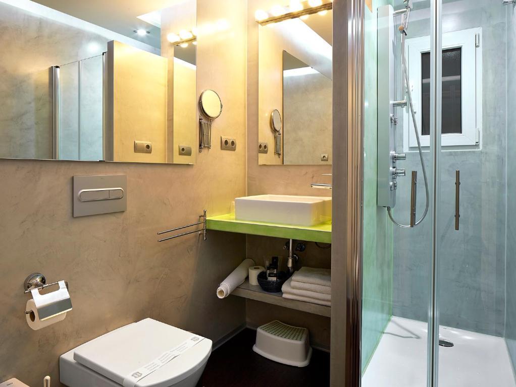 Apartamento gaudint barcelona suites espa a barcelona - Apartamentos en barcelona booking ...