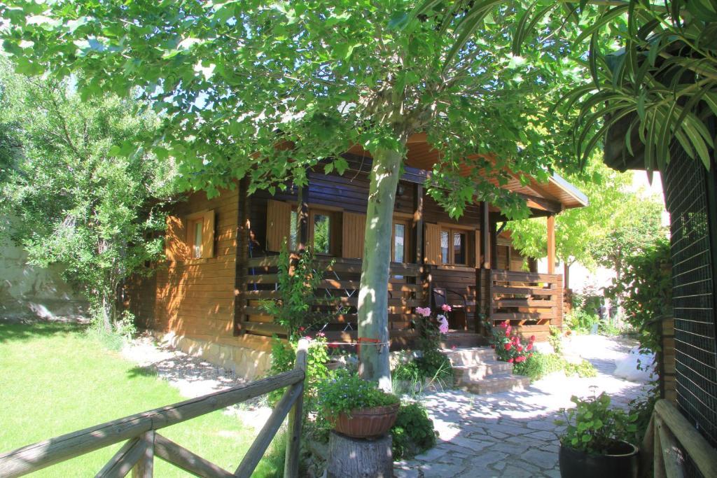 Caba as de madera los pinos arroyo fr o con fotos - Cabanas de madera los pinos ...