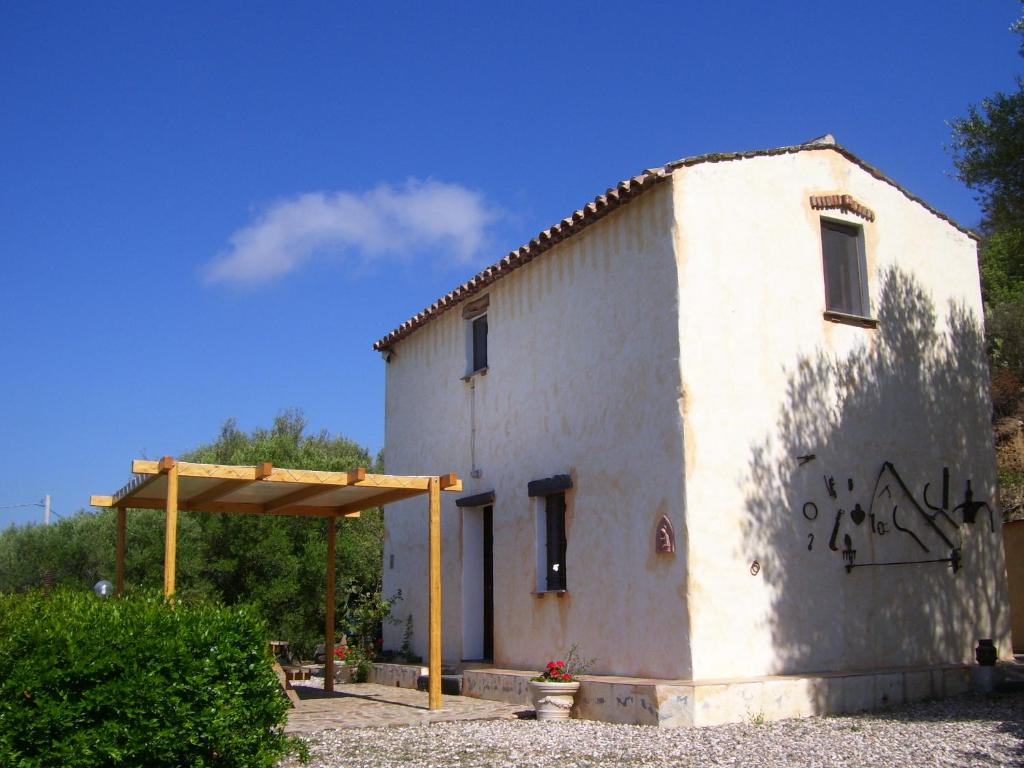 Antica casa dei contadini di orosei orosei prezzi for Planimetrie della casa antica