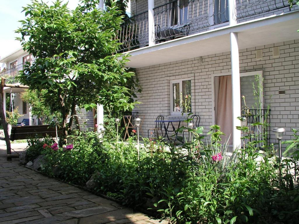 Where are the guest houses of Crimea? Photos and reviews 8