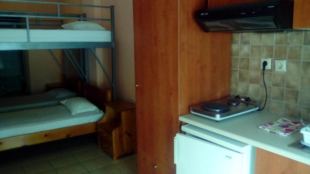 Outstanding Hostel Constantinos Budget Beds Griechenland Chania Download Free Architecture Designs Scobabritishbridgeorg