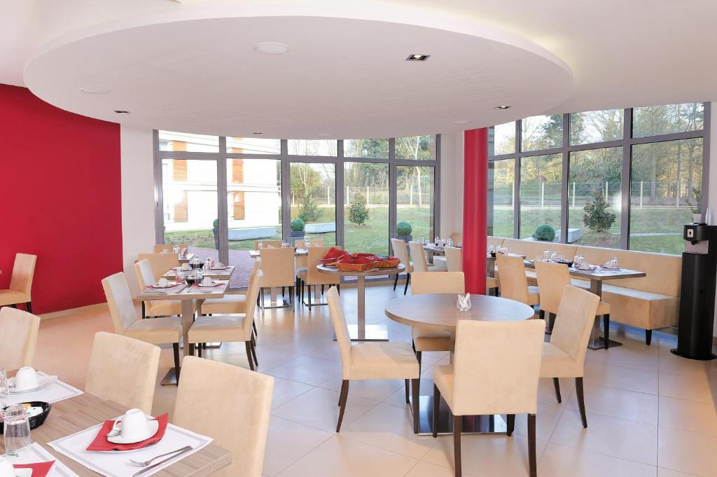 hotel residhome paris guyancourt france booking com rh booking com