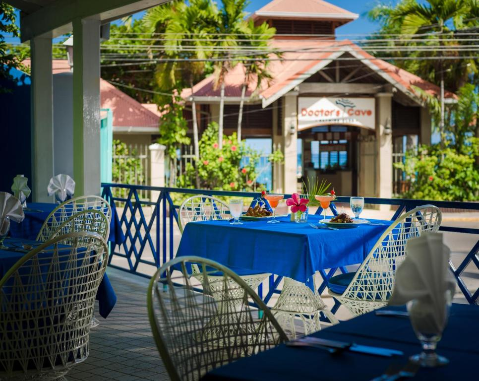 Deja Resort All Inclusive Montego Bay Jamaica Bookingcom - All inclusive resorts montego bay