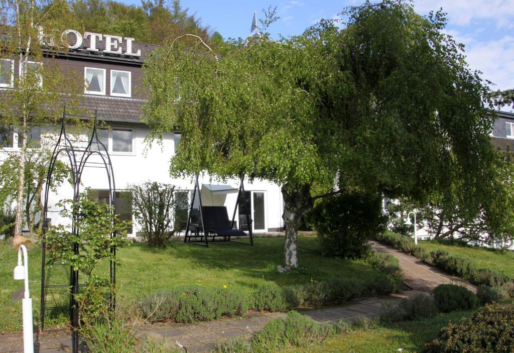 Hotel Bellevue, Wolfshausen, Germany - Booking.com