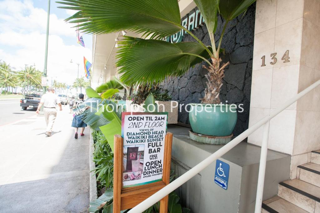 Apartment Studio Waikiki Grand, Honolulu, HI - Booking.com