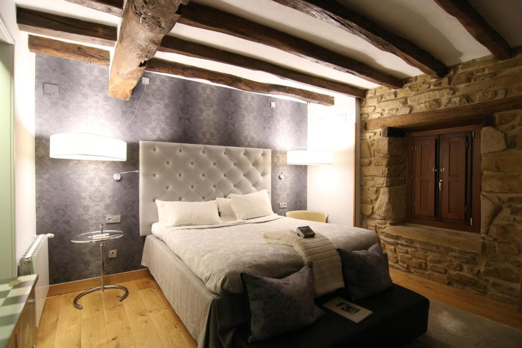boutique hotels in muxika  14