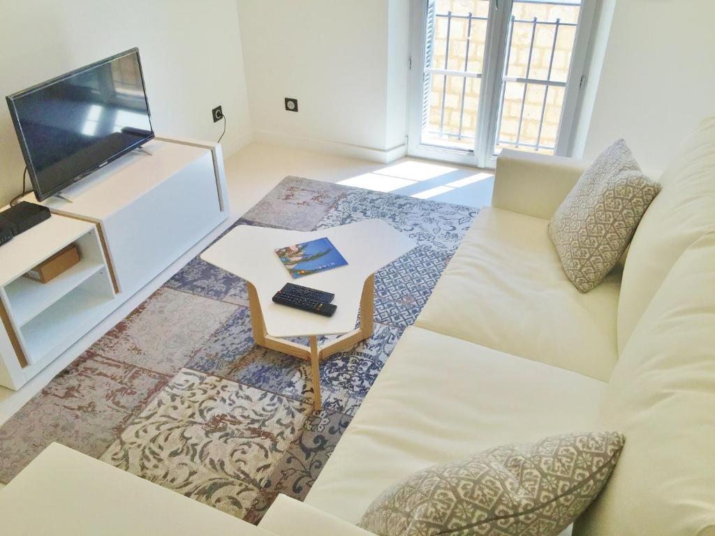 Ein Sitzbereich in der Unterkunft Riviera home - Dalpozzo Lux