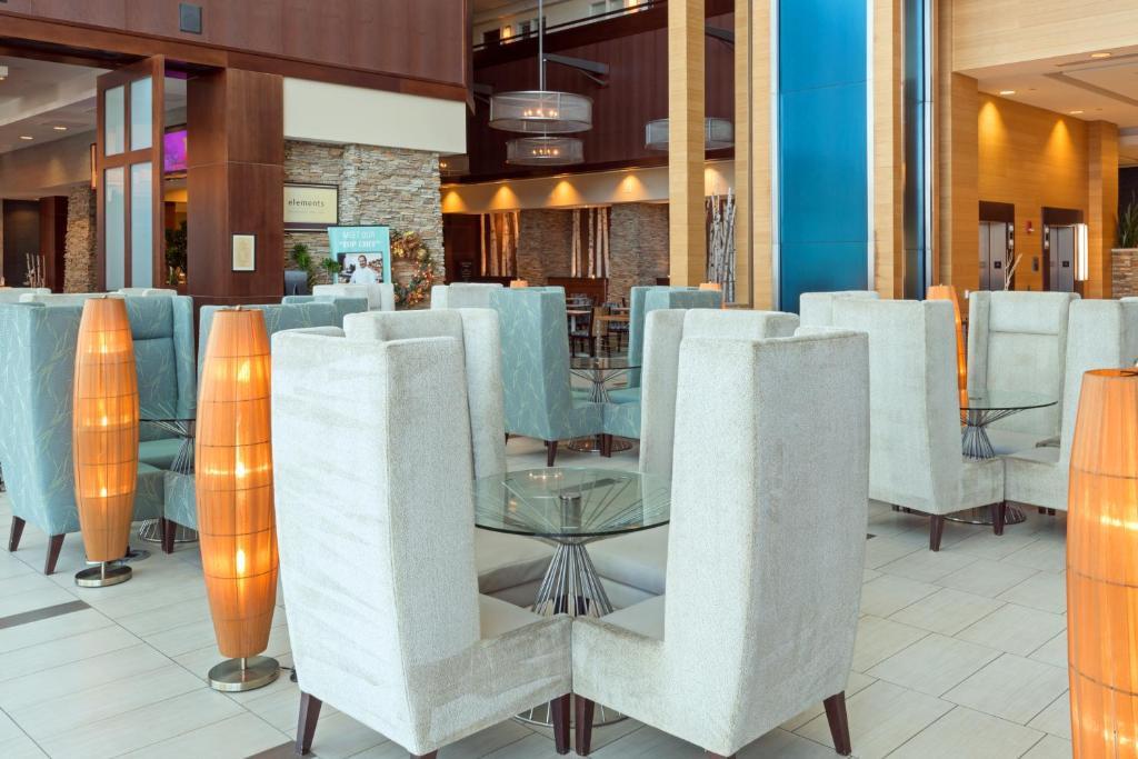 Hotel Embassy Suites Denver Co Booking Com