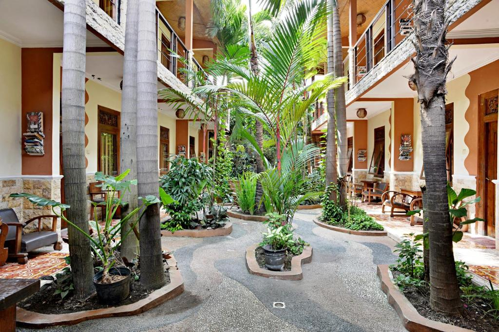 Hotel ZEN Rooms Malioboro Sosrowijayan Wetan, Yogyakarta, Indonesia -  Booking.com