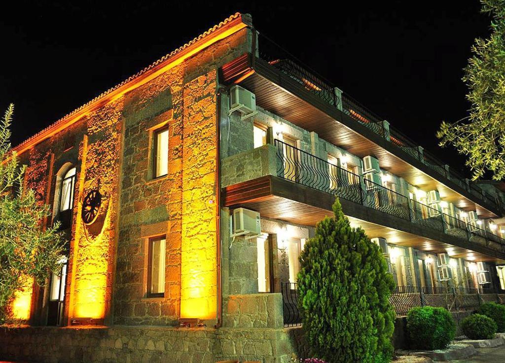 The facade or entrance of Assos Park Hotel