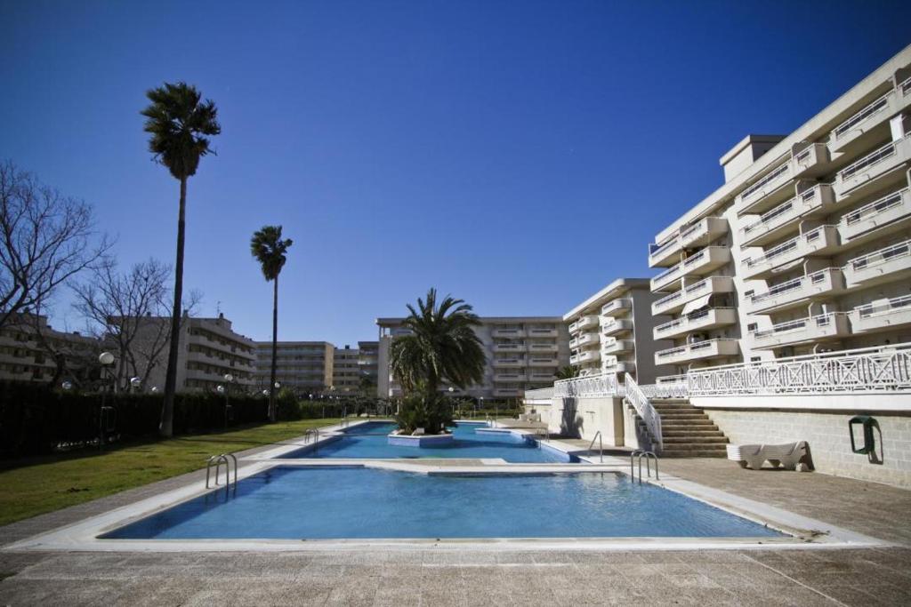 Appartement aquamarina iii espagne la pineda for Reservation appart hotel espagne